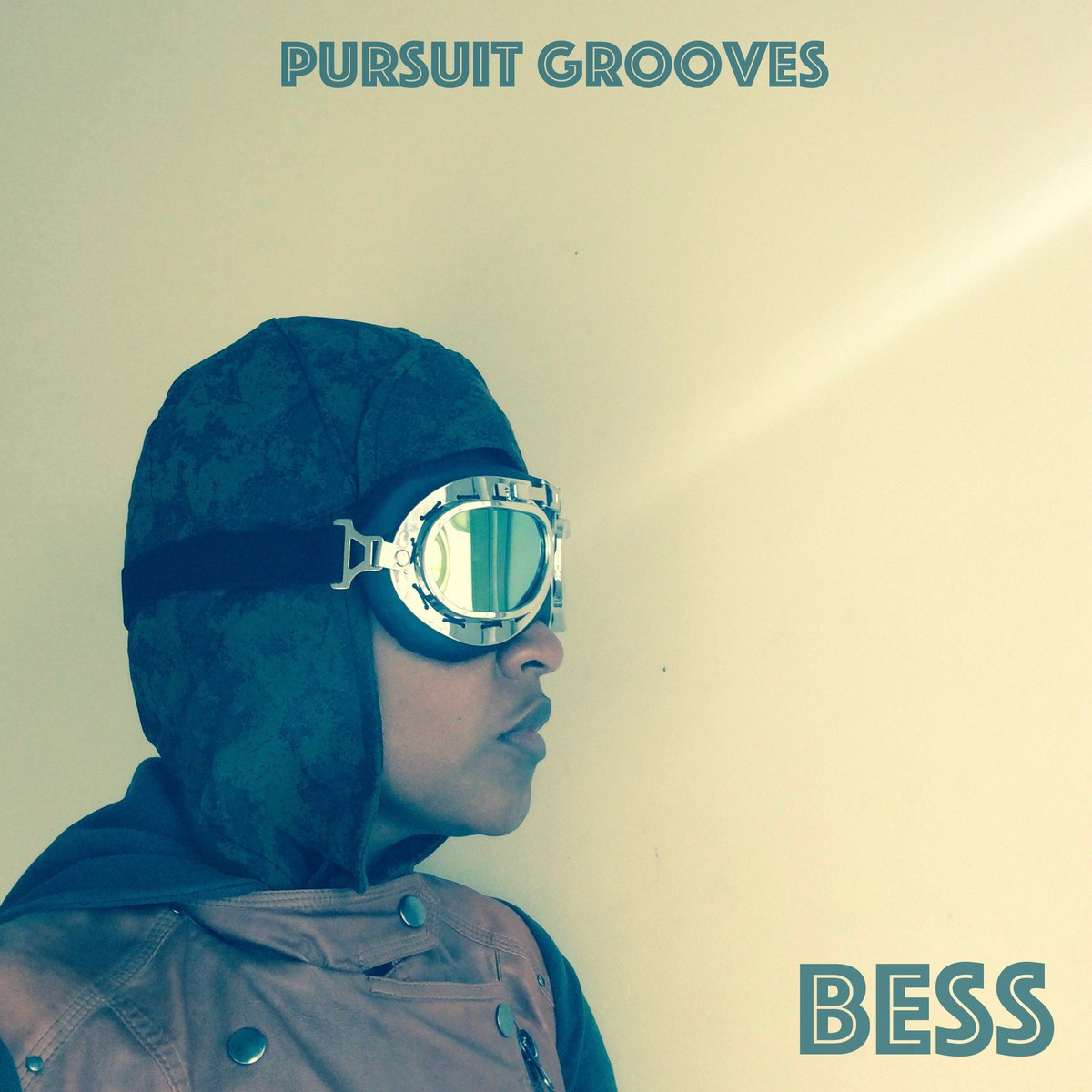 EGcw1vWW4AAWXj3 1 - Coming November 15, experimental electronic music producerperformer Pursuit Grooves presents her new album Bess. A tribute to Bessie Coleman, the first Black American female pilot, who left for France to obtain her international pilots license in 1921.