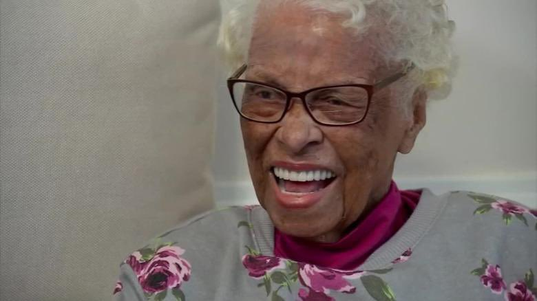 EKAq2QMXsAQUwvh 3 - Azellia White, a pioneering African American female pilot, has passed away at 106.She earned her pilots license just after World War II and found freedom flying in the skies above the Jim Crow South.