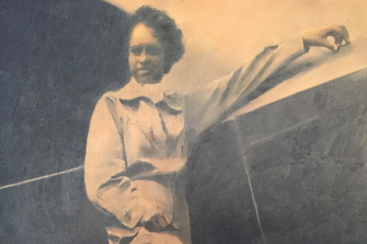 EKV22snXYAE5Y3K - Pioneering aviator Azellia White has died at the age of 106 in Sugar Land, Texas. She was one of the first African American women to earn a pilots license in the United States. WomensHistory AfricanAmericanHistory rolemodel