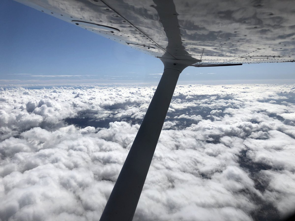 EL4H qWXsAA4vBT - Got my pilots license, and went on some epic trips