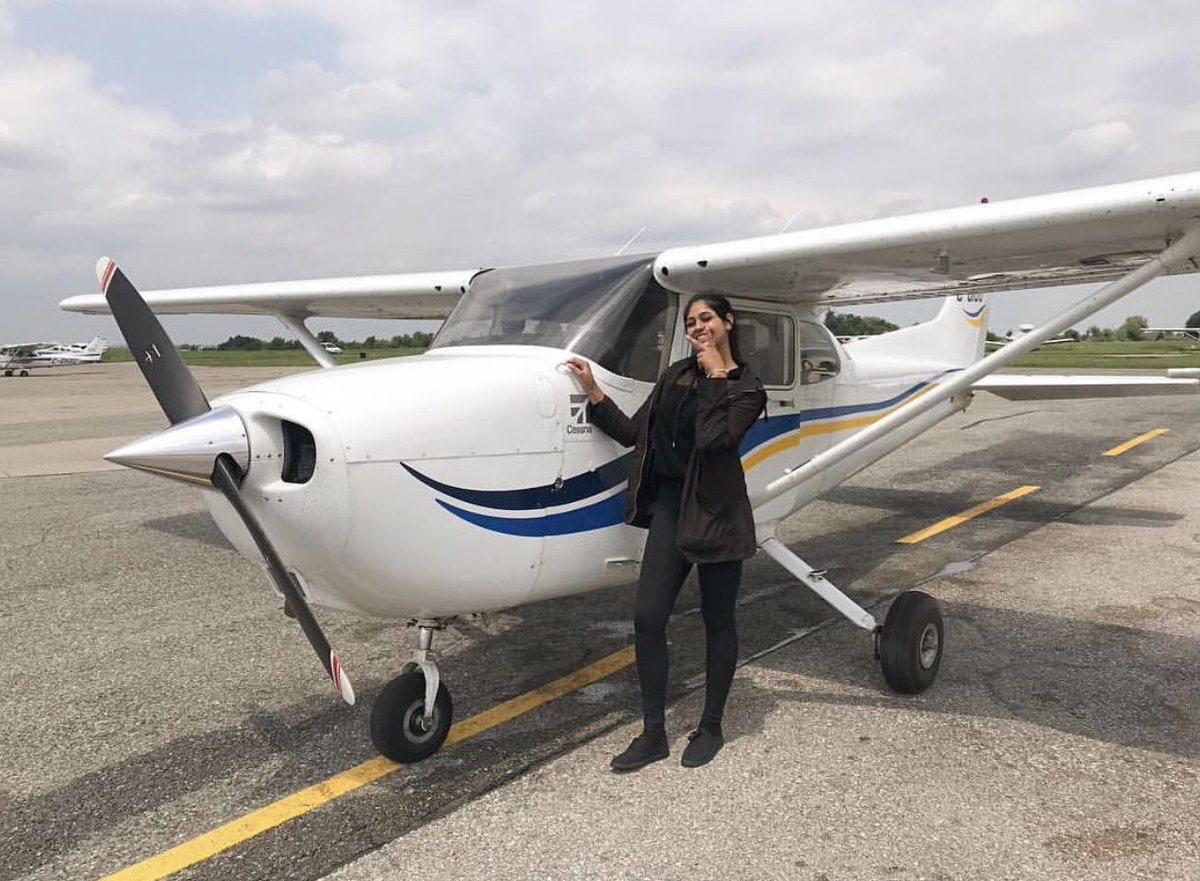 ELRUcYRWoAA sEc - top4of2019 Got myPrivate Pilots LicenseCommercial Pilots LicenseMulti-Engine Instrument RatingAnd.... started my first job First pilot ever in my entire family 2019 best year ever.