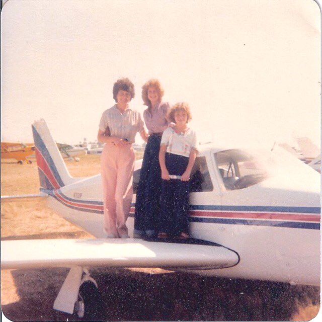 EMUOqr2UYAA9038 1 - It was a small private jet amp my first time on one. Blessed to have been asked to join a client on biz trip to Oregon. My dad got his pilots license when he was 16 so grew up flying in small planes. Had been years since I had been in one so just loved it John FlashbackFridayz