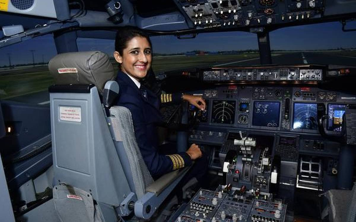 ENClPkAUEAAFTmr 1 - DGCA launches Phase-1 services of e-GCA. The commercial pilot license now automated 700 aspirant pilots to benefit every yr. Project e-GCA would enhance the efficiency of various services provided by the DGCA amp is expected to be completed by 2020-end