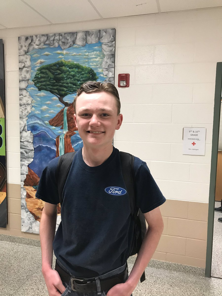 ENsPLtvXYAAoqe1 - Meet Sam Sam is a SenecaFamily sophomore who has spent the last year studying for his pilots license. He will be taking his first solo flight soon Way to go, Sam